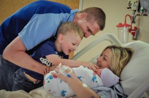 New family of 4 after baby is born