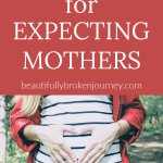 Are you searching for gifts for expecting mothers? Here are 10 ideas for the expecting mother on your list that are practical and ever Mom would love! #giftguide #pregnancy