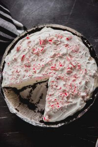 This White Chocolate Oreo Peppermint Oreo Pie is the perfect holiday dessert with a delicious flavor everyone is sure to love!
