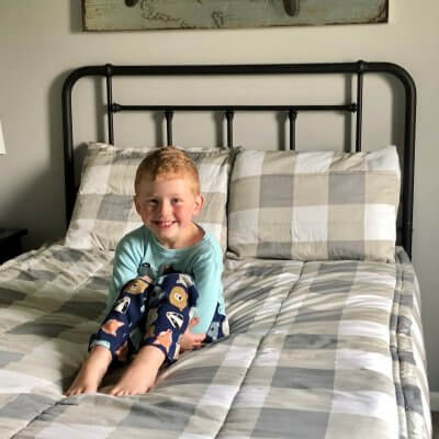 Daily Habits: Make Your Bed (Kids too!)